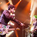 Green Day zaprosił na scenę małego chłopca. Wspólnie z nim zagrał…