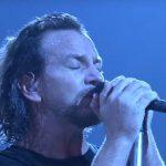 """25 lat """"Alive"""". Superprzebój Pearl Jam ma nowy teledysk!"""