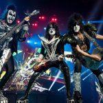 """Kiss wkrótce zakończy karierę? """"Nie będziemy w stanie robić tego po 70"""""""