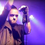 Koncertowa opowieść o okrutnym Homenie – nowy teledysk Bacteryazz